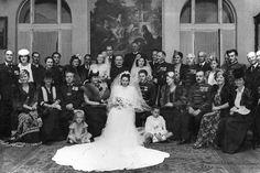 Fortepan Mermaid Wedding, Wedding Dresses, Fashion, Bride Gowns, Wedding Gowns, Moda, La Mode, Weding Dresses, Wedding Dress