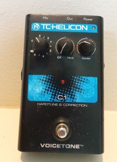 TC Helicon Voicetone C1 Pitch Correction Hardtune Auto-Tune Vocal Effects Pedal
