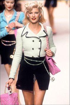 Chanel Vintage , Fashion show details & more