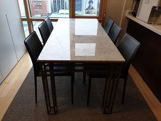 주문제작 대형 테이블 대리석 : 비앙코까라라 프레임 : 골드색상 사이즈 : 주문제작 Conference Room, Marble, Dining Table, Furniture, Home Decor, Decoration Home, Room Decor, Dinner Table, Granite