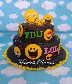 EMOTICONES CAKE