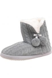 Designer Clothes, Shoes & Bags for Women Slipper Boots, My Design, Cute Outfits, Slippers, Footwear, Shoe Bag, Polyvore, Cable, Stuff To Buy