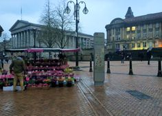 Birmingham flower seller and typically friendly stallholder...everyone we met was so nice!