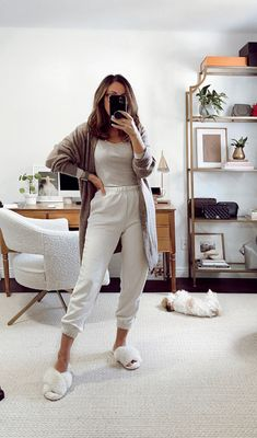 Lazy Day Outfits, Cozy Winter Outfits, Cute Casual Outfits, Everyday Outfits, Chic Outfits, Loungewear Outfits, Pajama Outfits, Lounge Outfit, Lounge Wear