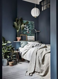 calming blue/gray in the bedroom