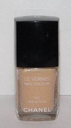 Chanel Le Vernis Nail Polish in Seduction 101
