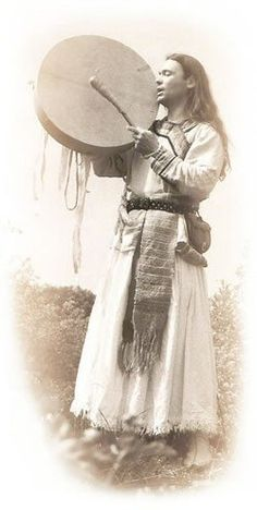 Hungarian Kam(Shaman) :such a beautiful and powerful image.