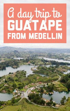If you're planning a tour to El Peñol and Guatapé in Colombia, here are all the deets on a day trip to Guatapé from Medellin! / A Globe Well Travelled