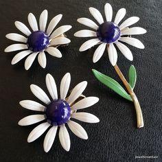 Vintage Brooch Pin Earring Clip SET Enamel Paint Flower Rose Daisy Petal! 3042