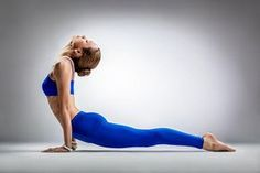 Do you think yoga isn't face-paced enough for weight loss? Yoga is extremely effective for losing weight, and here are the reasons why. Fitness Del Yoga, Physical Fitness, Fitness Diet, Bodybuilding Training, Bodybuilding Workouts, Pilates, Fit Girl Motivation, Fitness Motivation, Toned Tummy