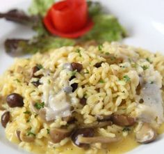 Recept Italské houbové rizoto Fried Rice, Risotto, Fries, Ethnic Recipes, Food, Vietnam, Italy, Bulgur, Meal