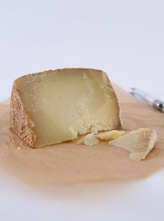 Canestrato: Produced throughout Italy's south, this is a basket cheese with variations rife throughout the regions. Historically significant, the expressions are endless: here is a version made from 100% ewe's milk in Campania, the shin of the boot.