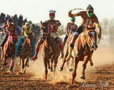 A different kind of horse racing will hit Billings in September when riders representing a dozen different Indian tribes will spend as much time in the dirt as they do Horse Girl, Horse Love, Native American Horses, Indian Horses, Relay Races, High Renaissance, Types Of Horses, Early Middle Ages, All About Horses