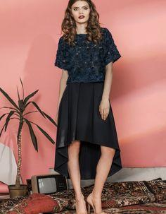 672135397eadd Niesamowite obrazy na tablicy skirt (19)   Fashion showroom ...