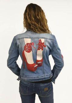 Cazadora vaquera red shoes - pintada a mano