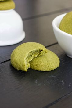 "Matcha Green Tea Shortbread Cookies - The Cookie Writer - Cookies & tart pie - Matcha Green Tea Cookies! No additional food colouring, so perfect ""Grinch"" cookies for Christm - Vegan Desserts, Just Desserts, Delicious Desserts, Yummy Food, Green Tea Dessert, Matcha Dessert, Baking Recipes, Cookie Recipes, Dessert Recipes"
