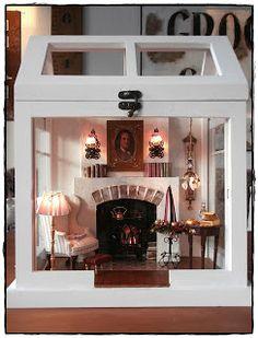 im Gewächshäuschen *g* Grundgerüst war wieder ein kleine Gewächshäuschen..... Glas raus....Wände raus.....Boden rein :o) ... Vitrine Miniature, Miniature Rooms, Miniature Crafts, Miniature Houses, Diy Dollhouse, Dollhouse Miniatures, Homemade Bird Houses, Mini Doll House, Shadow Box Art