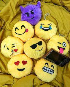 #inst10 #ReGram @jbcarpenters1989: I just love my miniature emoticon pillow #emoticons #miniature #pillow #blackberry #blackberryclubs #confidencewe #blackberrygram #emoticonspillow