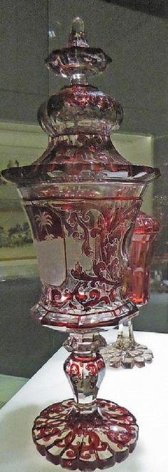 Coupe en verre de Bohème (August Böhm) - 1840-50) by alainmichot93 (Bonjour à tous et Bonne année)