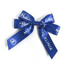 Schleifen mit 4 Flügeln aus feinstem Satin #fertigschleifen #schleifenabnd #geschenkband #bows #giftwrapping Gift Wrapping, Satin, Bows, Accessories, Fashion, Ribbons, Gift Wrapping Paper, Arches, Moda