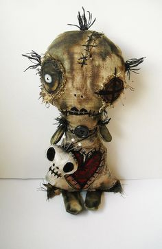 Junker Jane Art Dolls and Soft Sculptures Tattoo Voodoo, Witch Tattoo, Ugly Dolls, Creepy Dolls, Monster Dolls, Monster Art, Voodoo Dolls, Voodoo Costume, Witch Dolls