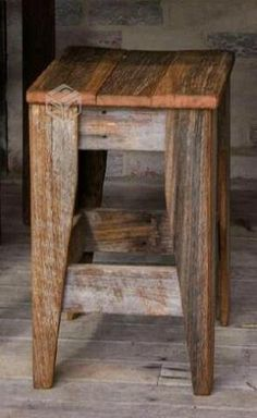 Pallet Furniture Sustainable Design from The Designer Chicks - Sustainable Design from The Designer Chicks Pallet Furniture, Furniture Projects, Rustic Furniture, Furniture Design, Luxury Furniture, Primitive Furniture, Pallet Crafts, Diy Pallet Projects, Woodworking Projects