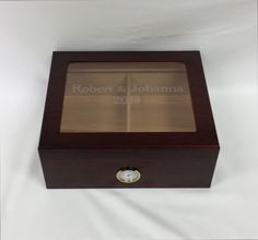 Engraved High End Glass Humidor Cigar Box, Wedding gift, Groomsmen Gift, Best Man Gift, Wedding Party Gift, Personalized Humidor Grooms Gift