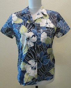 Check out Women's Vintage Resort Hawaiian  Top Shirt Blouse 1970 Blue Floral on timegonebyvintage
