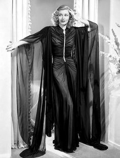 Ginger Rogers – Stunning 1930s fashion gown