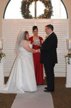 Hire Minister Michelle Bryant If You Are Planning To Get Married She Specializes In Legal
