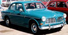 Loooove old Volvos.