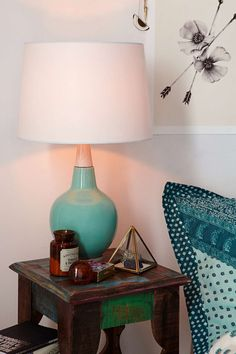 Plum & Bow Curved Lines Table Lamp - Urban Outfitters