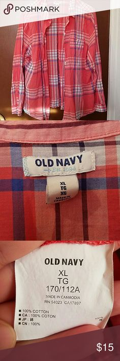 NWOT Old Navy Long-Sleeved Button-Up Old Navy plaid long-sleeved button-up. New without tags. Size XL. Button Button fastener on each sleeve. One pocket over left breast. Excellent condition. Old Navy Tops Button Down Shirts