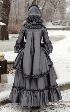 "Historical Accuracy Reincarnated - 18th Century ""Brunswick"" Dress Source"