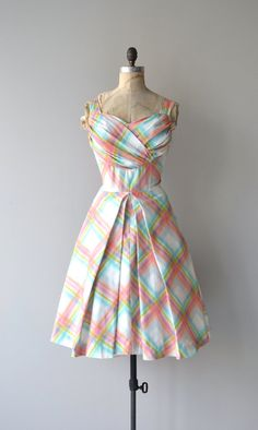 Pulled Taffy dress   vintage 50s dress   faille 50s party dress