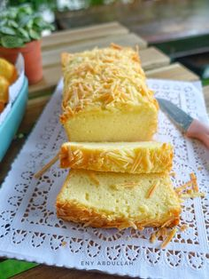buttercheese cake, kek buttercheese, cheese buttercake, buttercake gebu, buttercake mudah, resepi kek mudah Cheese Cakes, Cornbread, Dan, Ethnic Recipes, Desserts, Collection, Food, Cheesecakes, Millet Bread