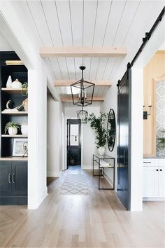 26 Amazing Modern Farmhouse Plans Design Ideas And Remodel. If you are looking for Modern Farmhouse Plans Design Ideas And Remodel, You come to the right place. Below are the Modern Farmhouse Plans D. Interior Design Minimalist, Luxury Interior Design, Contemporary Interior, Interior Design Farmhouse, Modern Farmhouse Interiors, Rustic House Design, Dream Home Design, Interior Paint, Interior Ideas