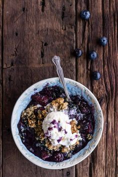 Everyone swoons over thebeauty of spring vegetablesbut summer fruits may be even more glorious—especially in dessert form. Fruit crisp is one of my all-time sum