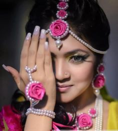 floral jewellery inspiration for brides exclusively from weddingsonly.in for mehendi function. Oyin Handmade, Handmade Pottery, Handmade Rugs, Handmade Crafts, Handmade Jewelry, Eminem, Homemade Facial Mask, Desi Wedding, Wedding Ideas