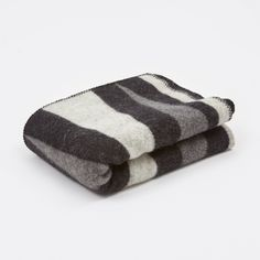 Zixten Throw - Grey