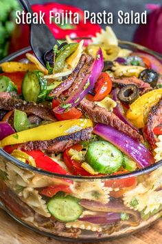 This Steak Fajita Pasta Salad is a simple mix of tender steak fajita, bells peppers, and onion, tossed with pasta and a zesty lime dressing. This easy pasta salad recipe is the perfect cold pasta salad for summer potlucks. Steak Fajitas, Beef Steak, Easy Pasta Salad Recipe, Pasta Recipes, Dinner Recipes, Beef Fajita Salad Recipe, Simple Salad Recipes, Simple Salads, Easy Summer Salads