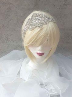 Magnifique headband bandeau de Mariage ou de cocktail : Accessoires coiffure par ysabell Headband Bandeau, Cocktail, Crown, Etsy, Jewelry, Fashion, Unique Jewelry, Hat, Weddings