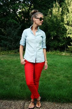 One way to wear colored jeans. Earrings echo the red, neutral semi-fitted shirt. via jillgg's good life (for less)   a style blog