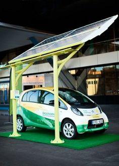 Solelia-Greentech-estacion-recarga-VEs-que-genera-su-propia-energia