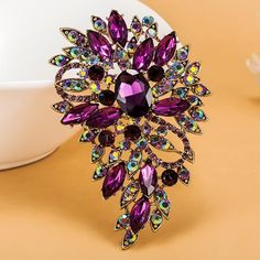 bcbbc7e5f 209 Best Brooches images in 2019 | Inspiring quotes, Jewelry, Style