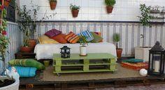 Decorar jardines con materiales reciclados