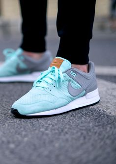 Nike Air Pegasus 89: Mint/Grey