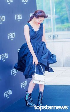 Miss A Suzy, Airport Style, Airport Fashion, Bae Suzy, Kpop Girls, Fendi, Red Carpet, Korean, Ballet Skirt