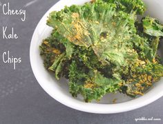Cheesy Kale Chips--tasty and healthy snack to satisfy your chips craving!