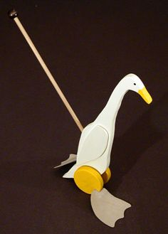 Runner Duck Push Toy @Bree Greeff - something for Pete to make one day ;)